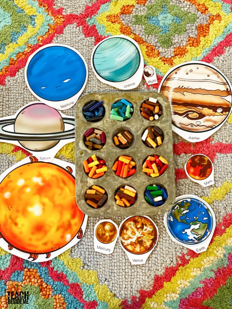 crayon planets solar system model