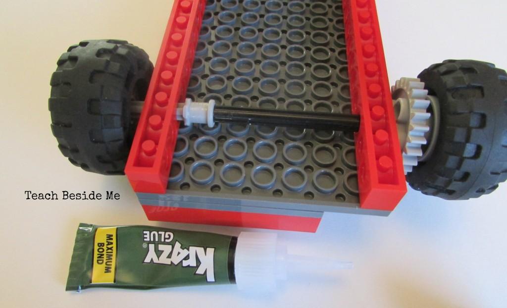 underside of solar Lego Car