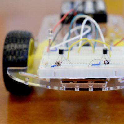 q-the-photovore-robot-sq