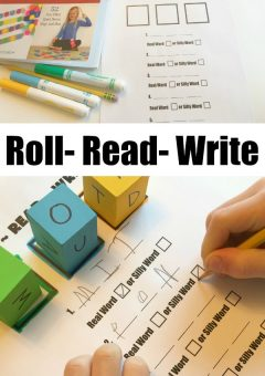 Beginning Reading Game: Roll, Read, Write