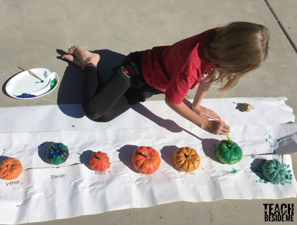 painting pumpkins- pumpkin solar system