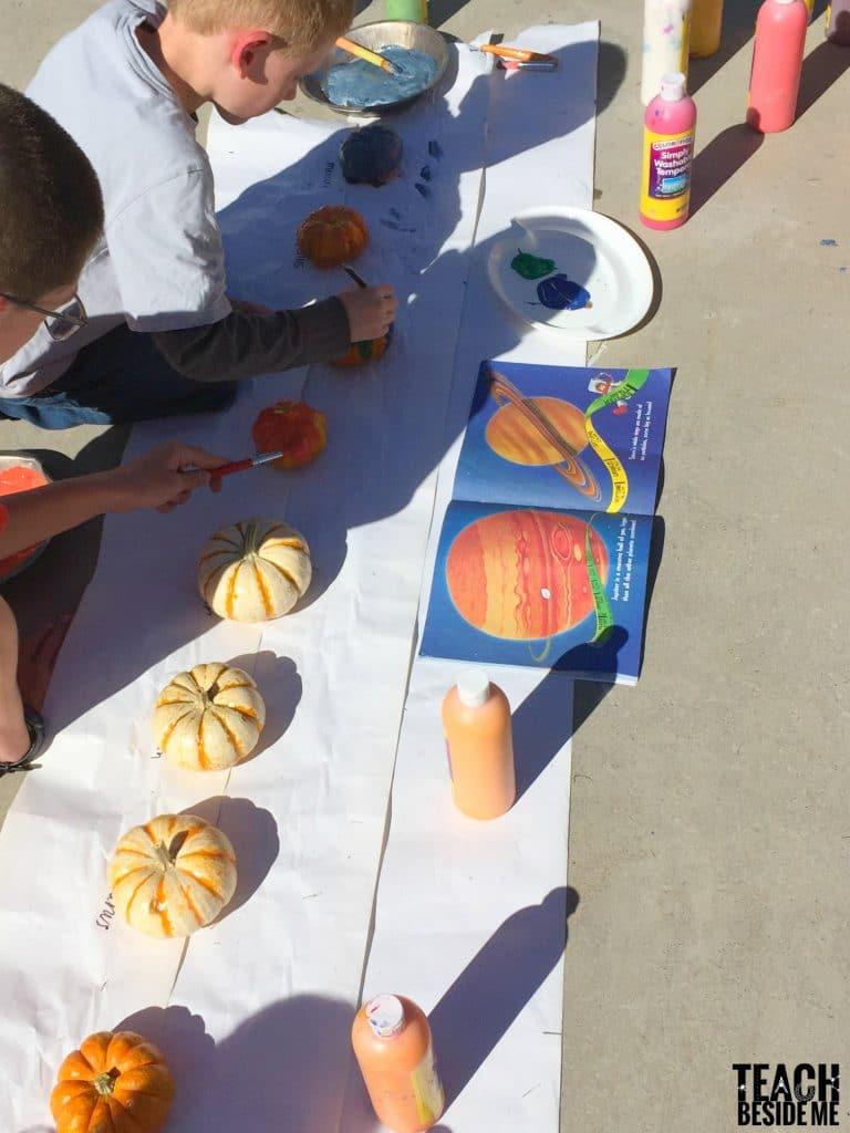 painting planet pumpkins