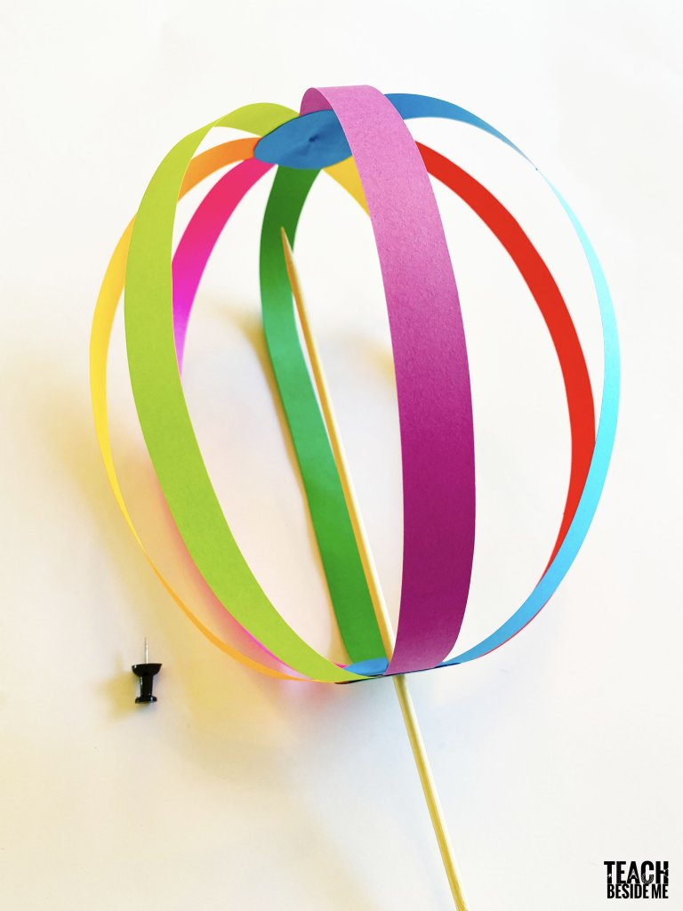 making a paper spinning ball